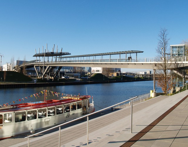 Autostadtbrücke Wolfsburg